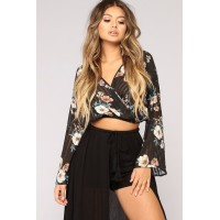 Women Marcellina Floral Top - Black/Combo Long Sleeve Surplice Top QNGRIOD